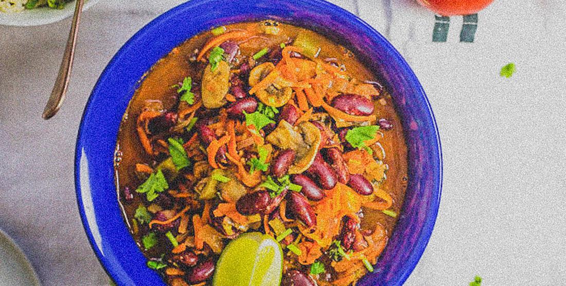 Chili vegan picante: Dia Internacional da Comida Picante