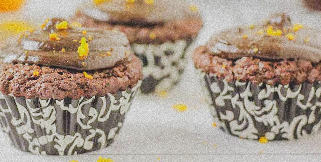 cupcakes vegan de laranja e gengibre