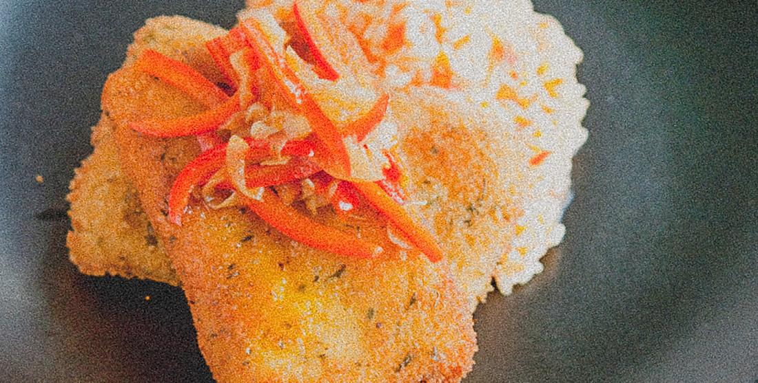 Panados de tofu com arroz de tomate
