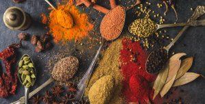 Lista de especiarias e ervas aromáticas para ter sempre na sua cozinha