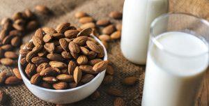 Benefícios da bebida de amêndoa – com receita!