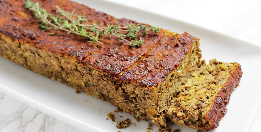 Rolo de Natal vegan com lentilhas e aveia